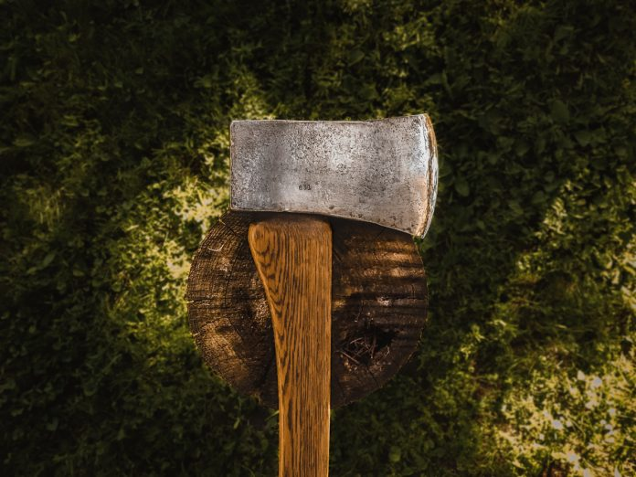 Felling Axes and other Wood Axes: Part 1 – Overview of Axes Styles