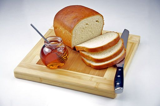 Bread Slicing Tips - What Is the Best Way to Cut Homemade Bread?