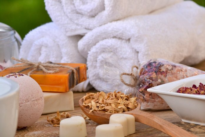 Spa Gift Basket to Soothe Body and Mind