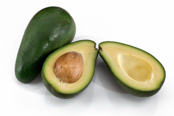 Six Avocado Homemade Beauty Tips