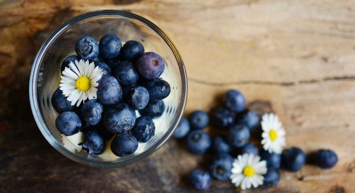 10 Fun Ways to Eat Blueberries