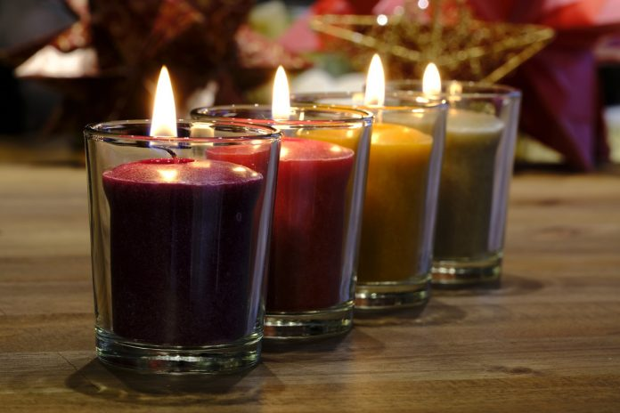 Make a Candle That Smells Strong When it Burns