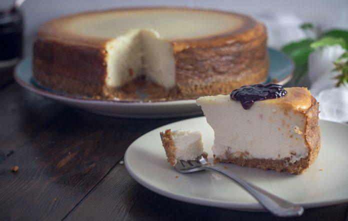 Plain Cheesecake Recipe - New York Style