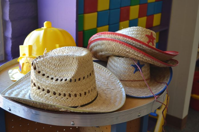 Throw a Delightful Kid's Cowboy/Cowgirl Theme Party!
