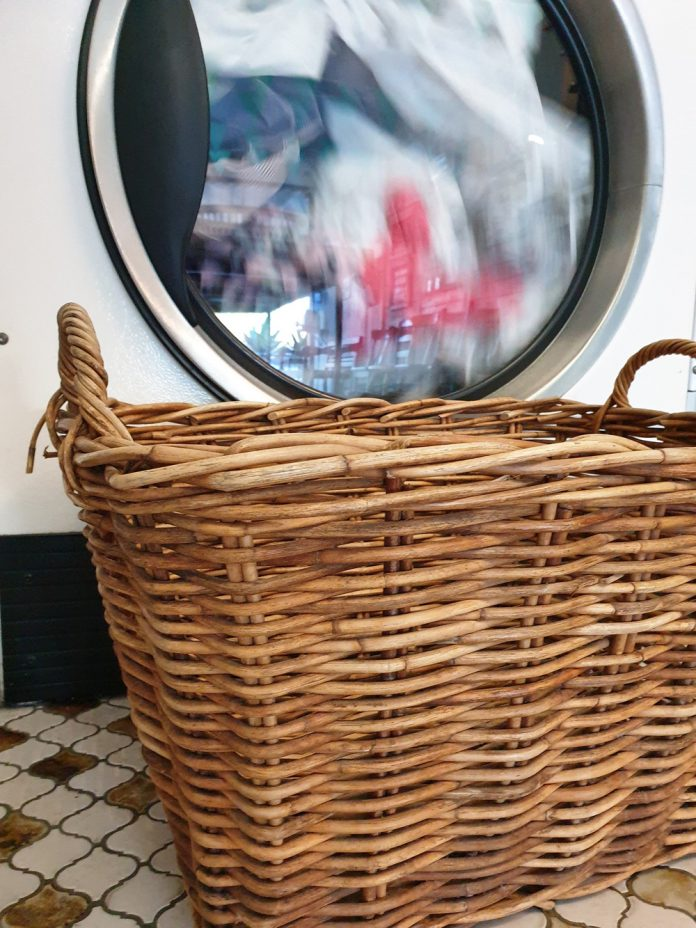 Laundry Made Easy – 7 Simple Tricks That Won't Let You Down