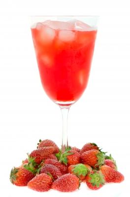 Strawberry Iced Tea - A Berry Delicious and Healthy Blend