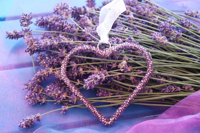 Tips for Making Your Home Smell Pretty with Dried Lavender