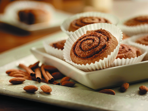 Serve Cinnamon Rolls Baked with Almonds