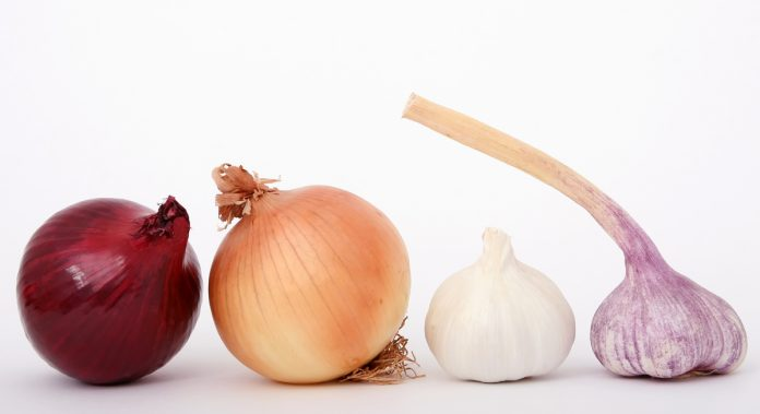 Garlic and Onion for Hair Loss Remedy