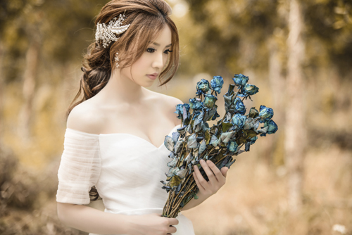 Something Blue: Wedding Traditions, Superstitions, and Sayings