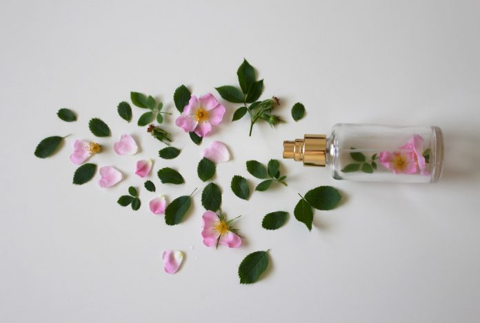 How to Make a Floral Perfume
